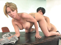 Cute bitch is kneeling on the table while sucking on butthole